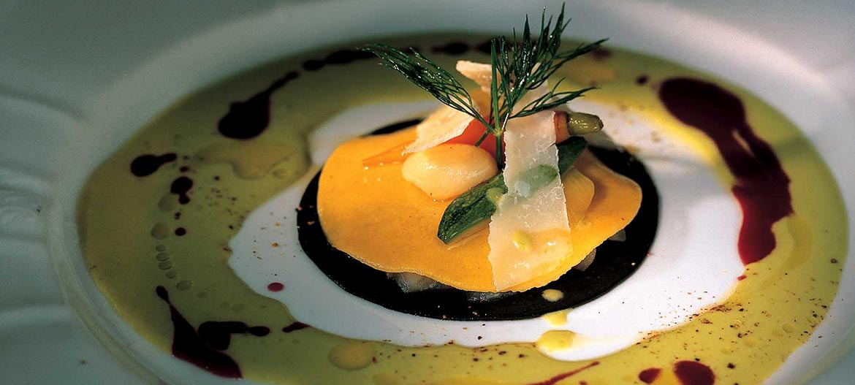 Raviolo di branzino, verdure e Provolone Valpadana D.O.P.