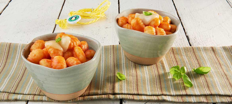 Dumplings with tomato, mild Provolone Valpadana P.D.O. and basil