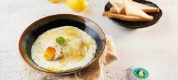 Uova in cocotte con Provolone Valpadana D.O.P. dolce, menta e scorza di limone