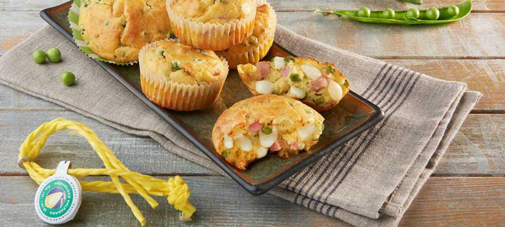 formaggio ai bambini muffin provolone valpadana piselli e prosciutto cotto
