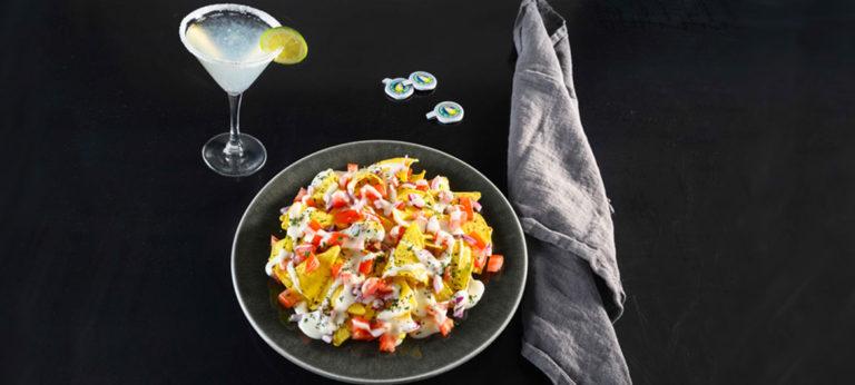 Nachos con Provolone Valpadana dulce, pico de gallo y coriandro