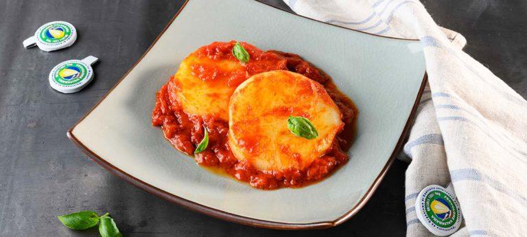 Pizzaiola-style mild Provolone Valpadana P.D.O.