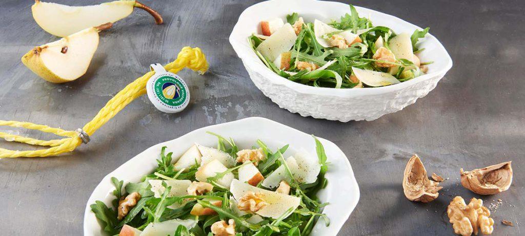 abbinamento formaggi: insalata di rucola pere noci e Provolone Valpadana