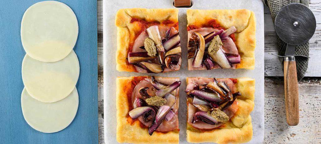 impasti pizza fatta in casa kamut con Provolone Valpadana