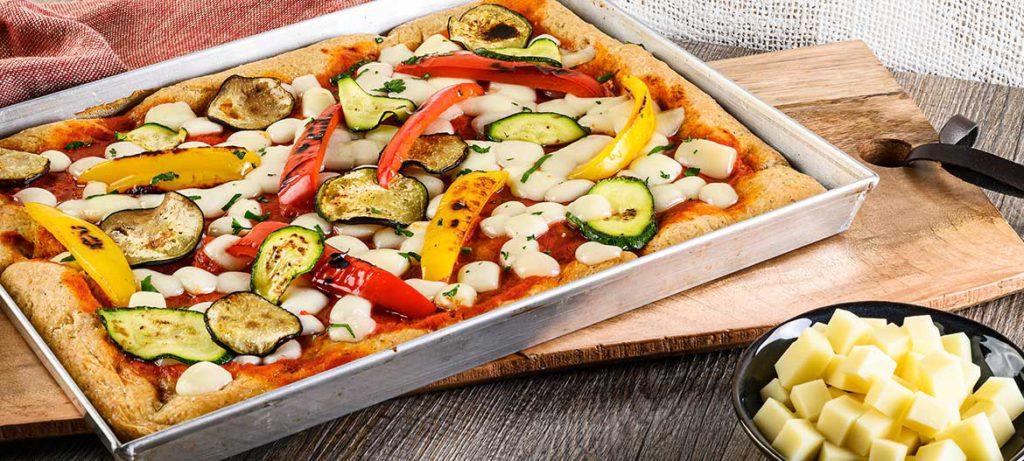 impasti pizza fatta in casa semi integrale rossa Ortolana con Provolone Valpadana