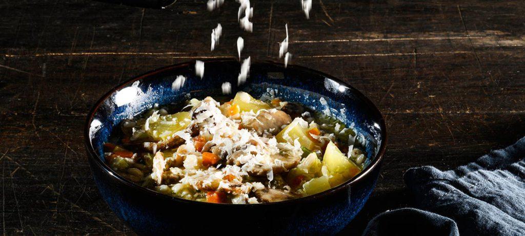 schiscetta ricette pausa pranzo ufficio zuppa orzo e Provolone Valpadana
